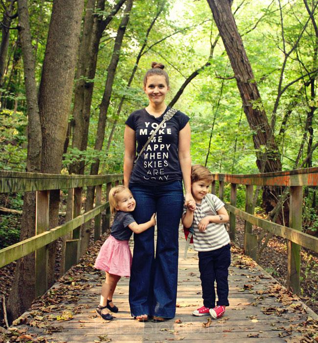 family style, young urban family, city family life, family walks