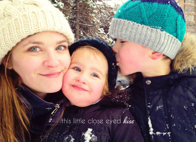 moments I want to remember forvever, kids style, urban family, loving siblings