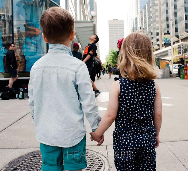 city exploring, city life, city kids, family adventures