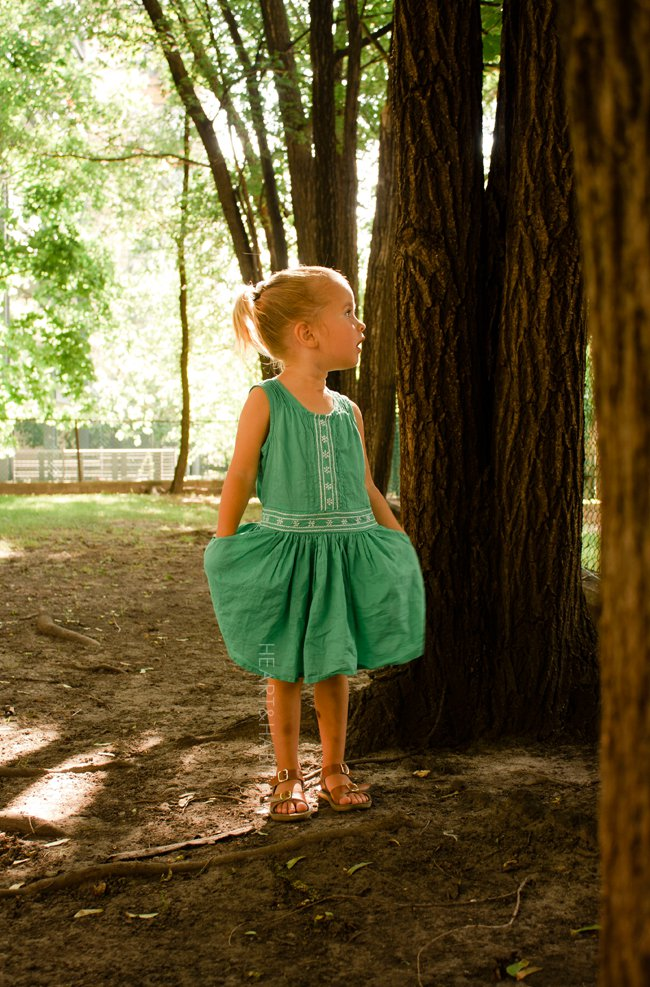 kidsagogo, childhoods, mini mioche, kids style, stylish kids, kids playing outdoors