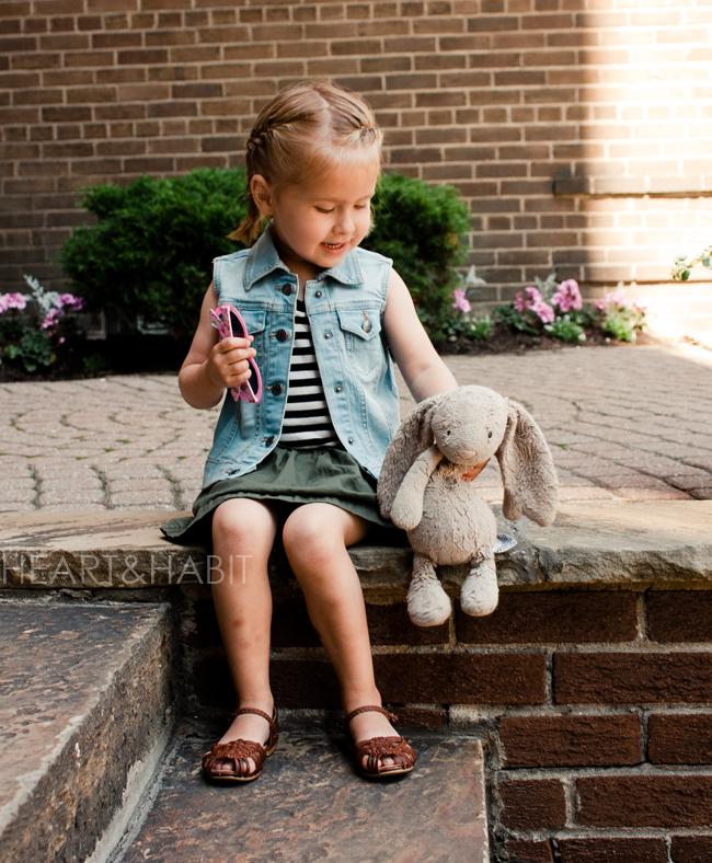 toddler french braids, kids street style, stylish city kids, happy girl