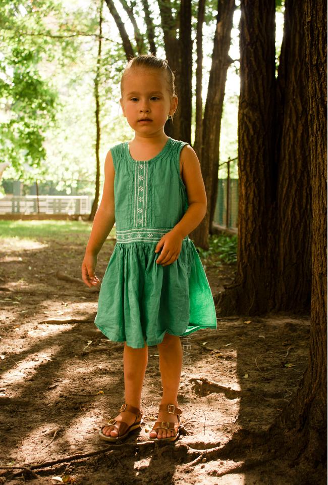 kidsagogo, childhoods, mini mioche, kids style, stylish kids, kids playing outdoors