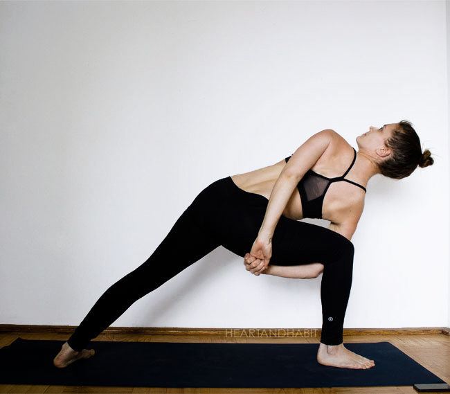 side angle bind #yoga