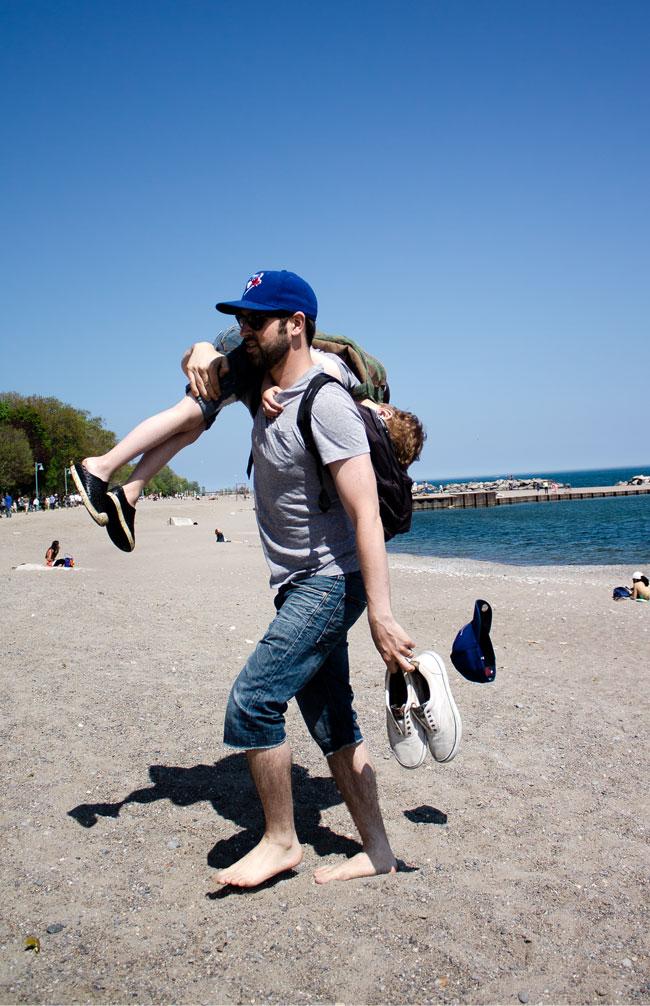 beach carrying